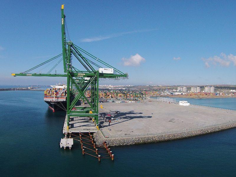葡萄牙锡尼什港对华集装箱货运量四年增长近两成