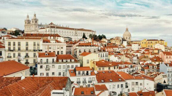 葡萄牙经济衰退预计达5.7% 失业率升至11.7%
